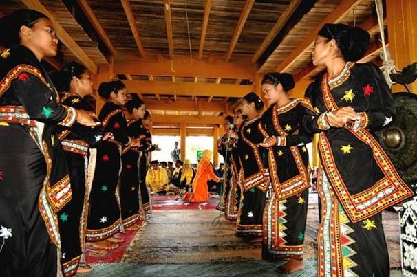 Suku di Aceh