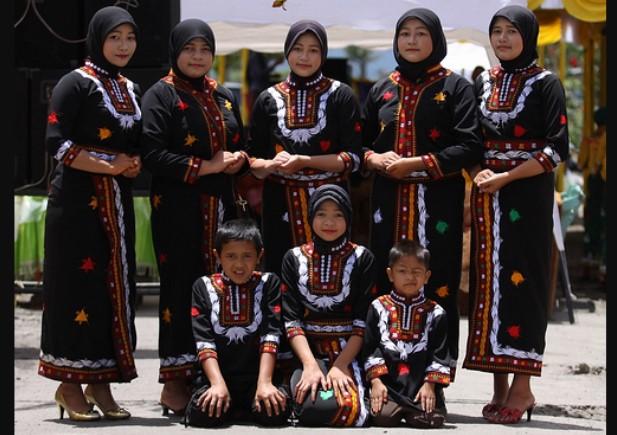 Pakaian Adat Aceh Gayo
