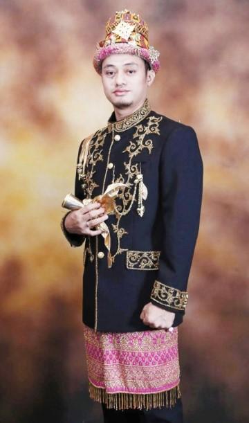 Pakaian Adat Aceh Pria Linto Baro