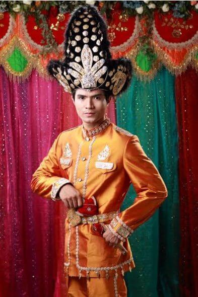 Pakaian Adat Pengantin Pria Gorontalo