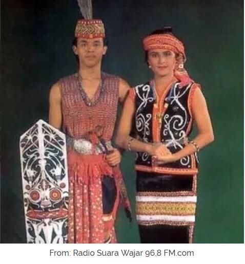 Pakaian Adat Dayak Kalimantan Beserta Gambar Dan Penjelasannya