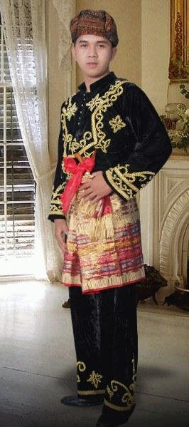 pakaian adat pria jambi