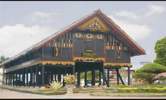 Rumah Adat Aceh Gambar Sejarah Dan Keunikannya Perpustakaan Id