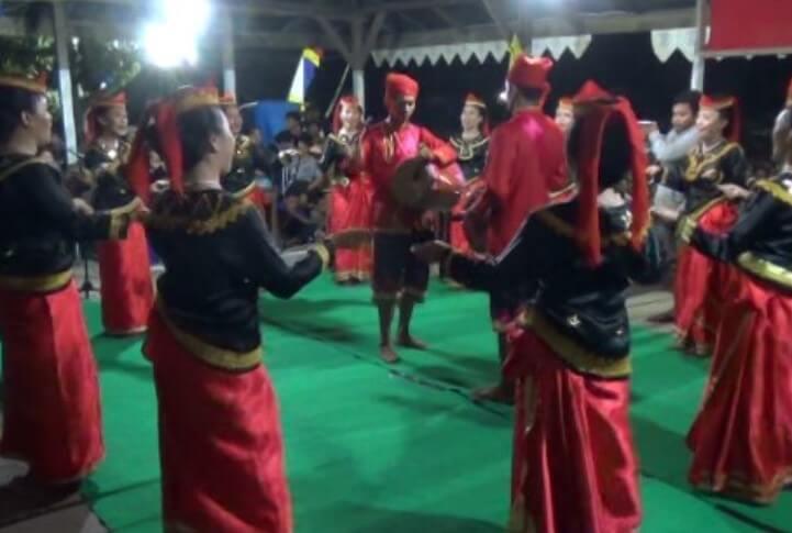 Tari Dero Sulawesi tengah