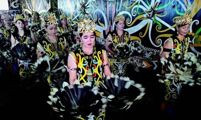 Tarian Datun  Kalimantan Utara