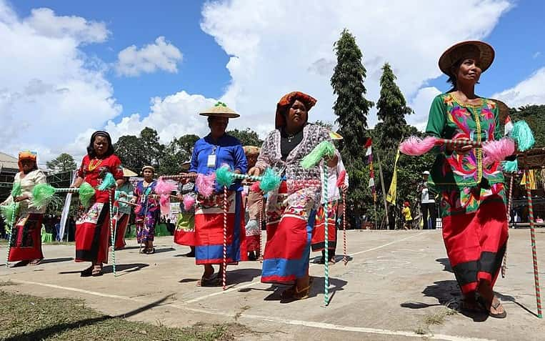 Tarian Gantar Kalimantan Utara