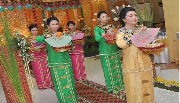 tari saronde tradisional Gorontalo