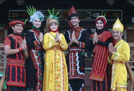 Baju adat Provinsi Aceh
