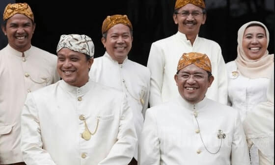 Pakaian Adat Provinsi Jawa Barat