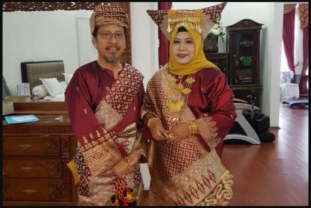 Pakaian Adat Sumatera Barat Bundo Kanduang
