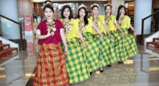 Pakaian adat Provinsi Sulawesi Selatan
