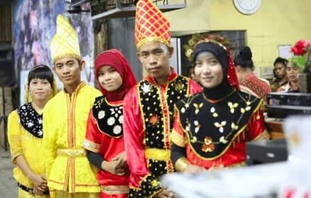 Pakaian adat Provinsi Sulawesi Tengah