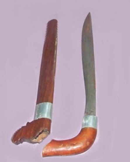Senjata Tradisional Sulawesi Tengah