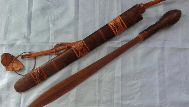 Senjata Tradisional dohong Keris