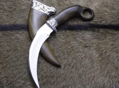 Senjata Tradisional karih Sumatera Barat