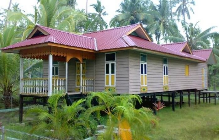 Rumah Adat Melayu Atap Limas
