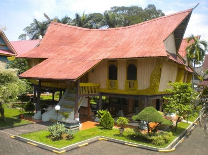 Rumah Adat Melayu Atap Lontik