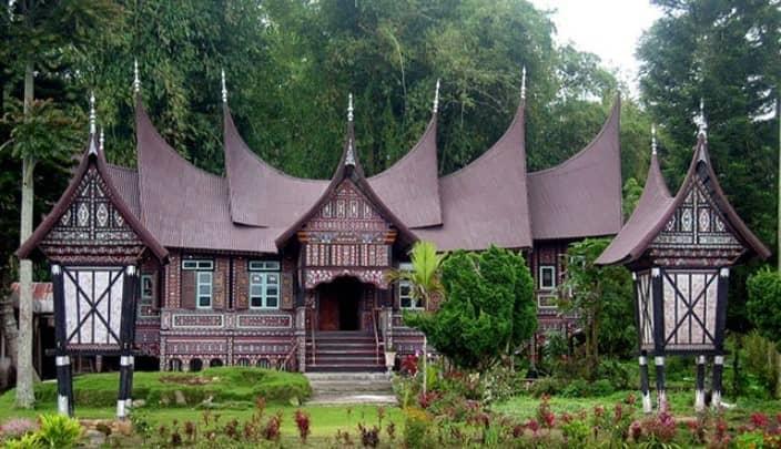 Keunikan Rumah Adat Minangkabau